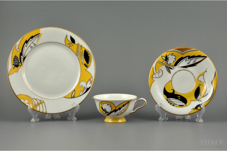 tea trio, sculpture's work, M.S. Kuznetsov manufactory, handpainted by Irina Sochevanova, sketch by Romans Suta, Riga (Latvia), 1937-1940, Ø 19.5 / 15 / 10 cm