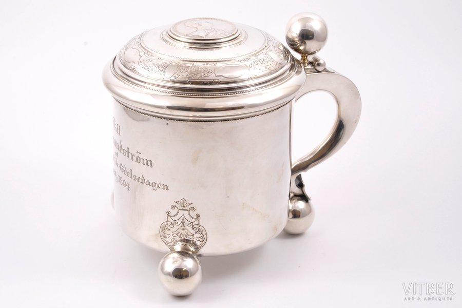 кружка, серебро, 830 проба, штихельная резьба, 1890 г., 880 г, Guldsmedsaktiebolaget, Стокгольм, Швеция, h 18 см