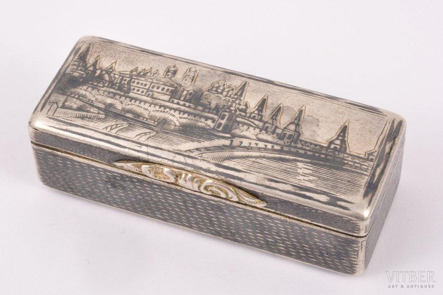 """табакерка, серебро, 84 проба, """"Кремль"""", штихельная резьба, чернение, 1842 г., 61.40 г, Российская империя, 6.9 x 2.8 x 2.2 см"""
