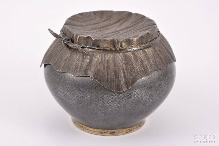 """vessel, silver, """"Pot"""", 84 standart, niello enamel, gilding, 1864, (total) 131.55 g, by Alexey Osipov, Moscow, Russia, h 5.6 cm (with a lid)"""