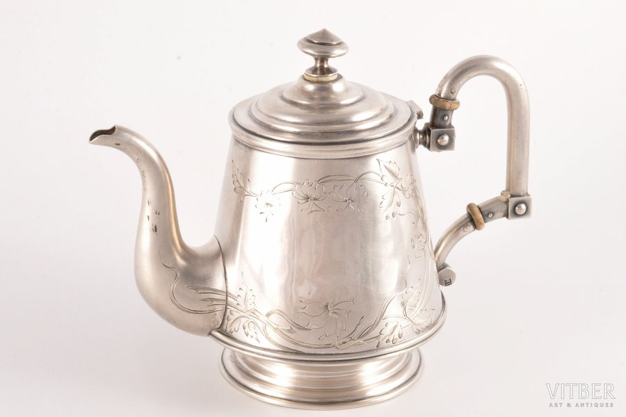 small teapot, silver, 84 standart, engraving, gilding, 1899-1908, 480.65 g, by Mikhail Tarasov, Moscow, Russia, h (with a lid) 14.5 cm, monogram removed