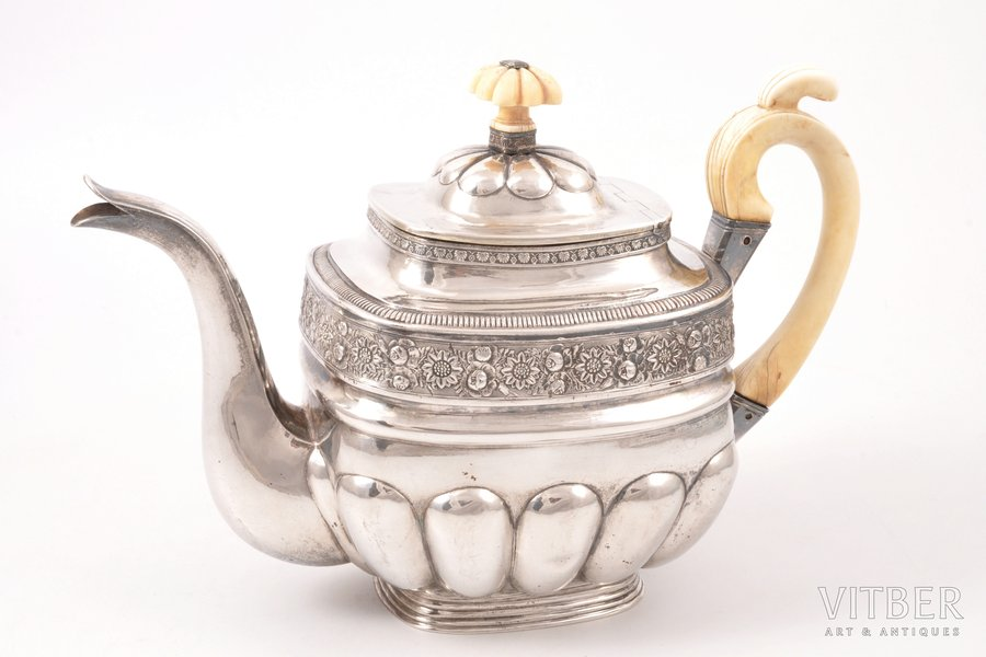 teapot, silver, ivory details, 84 standart, 1828, (total) 567.40 g, Moscow, Russia, h (with a lid) 15.5 cm
