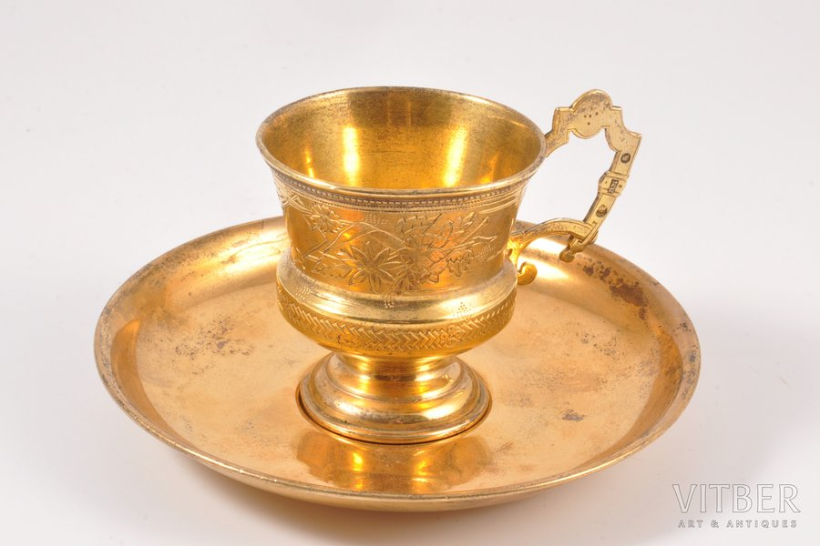tea pair, silver, 84, 875 standart, engraving, gilding, 1899-1908 (saucer), 73.15+56.60 g, Russia, Ø (saucer) 12 cm, h (cup) 6 cm, work of 2 different craftsmen