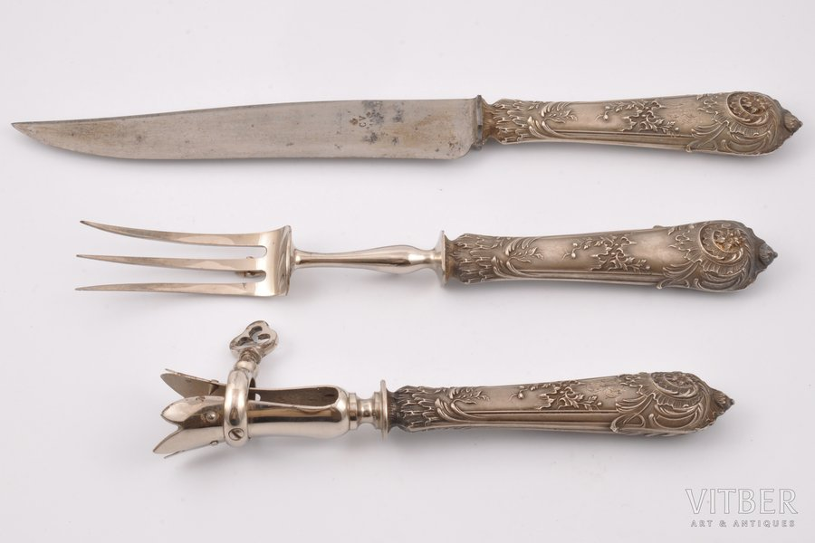 meat serving set, silver, (silver + metal), the 19th cent., (total) 392.05g, France, 32.5 cm / 27.5 cm / 21.5 cm