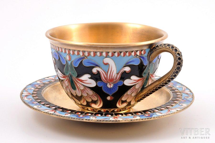 tējas pāris, sudrabs, 916 prove, starpsienu emalja, apzeltījums, izgleznota emalja, 1957 g., 205.10 g, Ļeņingradas juvelierizstrādājumu rūpnīca, Ļeņingrada, PSRS, h (tasīte) 5.4 cm, Ø (apakštasīte) 11 cm