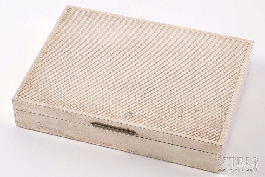коробка для сигар, серебро, 800 проба, 20-й век, (общий) 376.60 г, Италия, 17.9 x 13 x 3.4 см