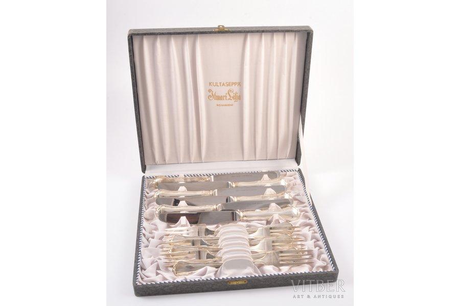 комплект столовых приборов (6 вилок, 6 ножей), серебро, в футляре, 830 проба, 1981 г., (общий) 595.90 г, Финляндия, 18 см, 20.6 см