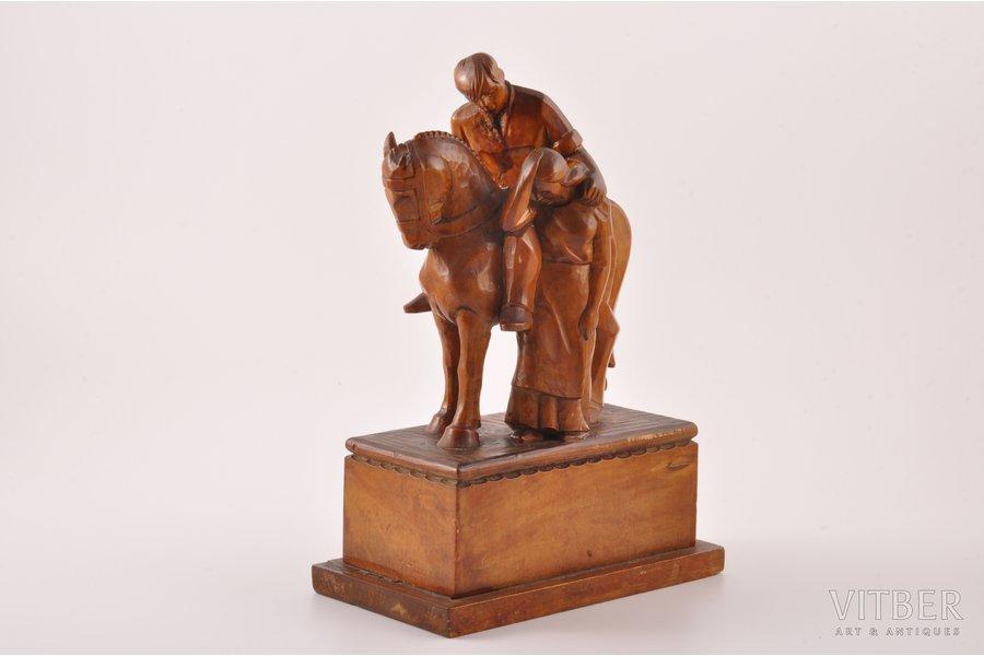"""figurāla kompozicija, """"Atvadas"""", autordabrs, koks, 20 gs. 20-30tie gadi, h 22.3 cm"""