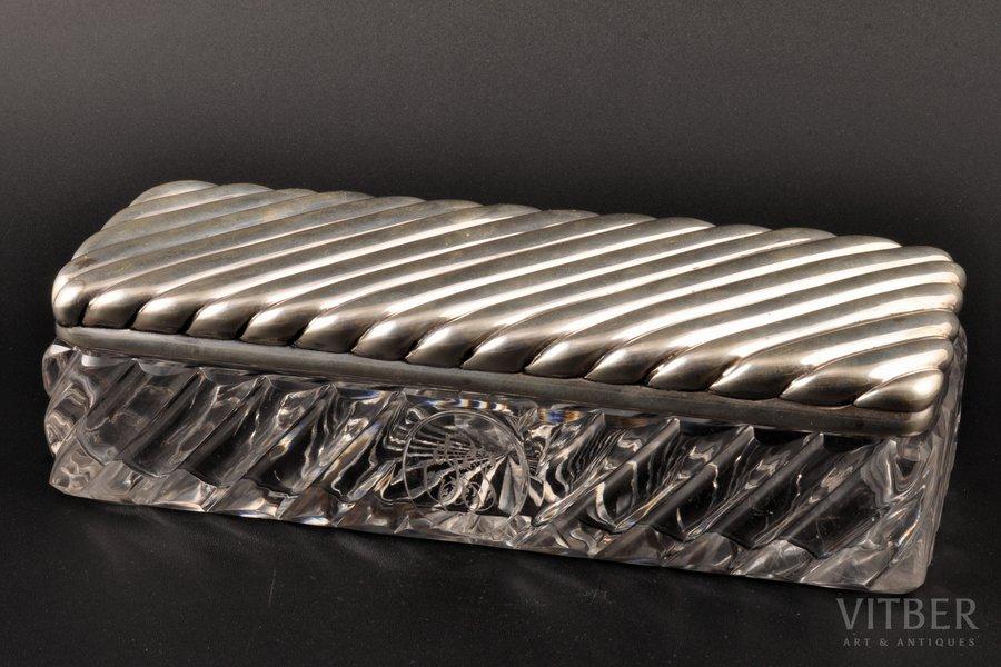 lādīte, sudrabs, 84 prove, stikls, 1880-1890 g., sudraba svars 285.85g, N. Jaņičkina darbnīca, Santkpēterburga, Krievijas impērija, 23 x 9 x 6 cm, zirnekļveida plaisa