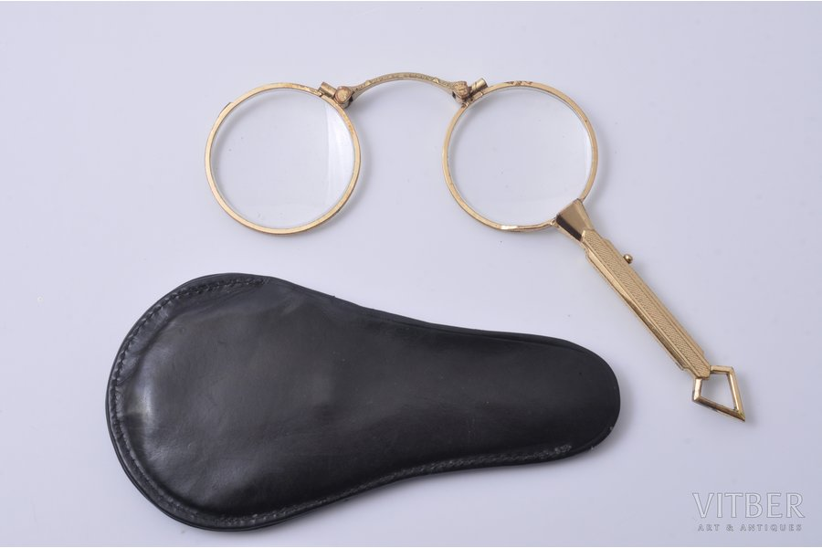 lorgnette, metal, the beginning of the 20th cent., 11 x 4.3 cm (folded)