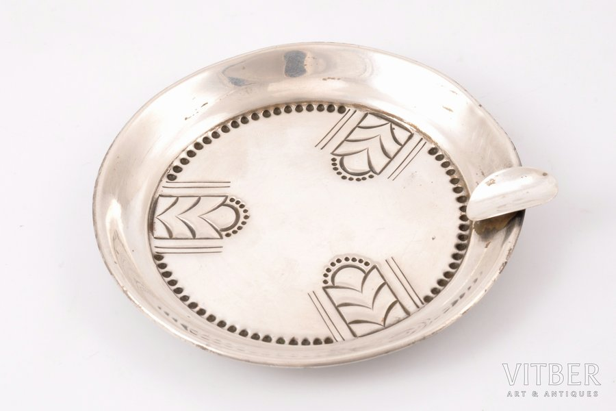ashtray, silver, 875 standart, the 20-30ties of 20th cent., 45.95 g, by J. Bētiņš, Riga, Latvia, Ø 10.1 cm