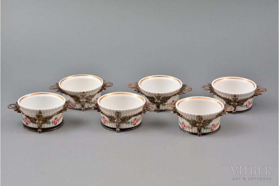комплект из 6 кокотниц, серебро, 925 проба, вес серебра 217г, Henry Birks & Sons, Канада, 9.9 x 7.4 x 2.7 см, фарфор Mehun (Франция), 2 скола на краях