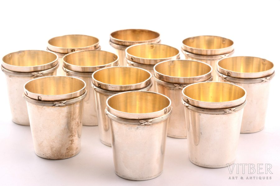 комплект из 12 стопок, серебро, 950 проба, 247.90 г, Франция, h 4 см