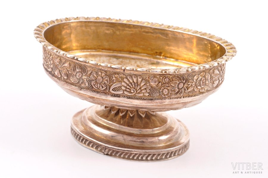 caviar server, silver, 84 standart, silver stamping, the middle of the 18th cent., 75.90 g, Moscow, Russia, 9.5 x 7.4 x 4.5 cm
