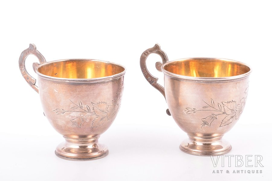 set of 2 teacups, silver, 84 standart, engraving, 1880-1899, 127.60 g, Moscow, Russia, h (with handle) 7.5 cm
