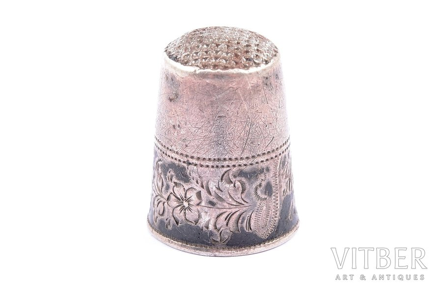 thimble, silver, 84 standart, the middle of the 19th cent., 4.20 g, Russia, Ø (inner) - 1.5 cm, h - 2.2 cm