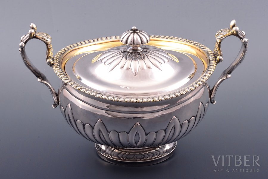 sugar-bowl, silver, 84 standart, gilding, 1830, 812.75 g, by Carl Palm, St. Petersburg, Russia, 13.6 x 21.2 x 14 cm