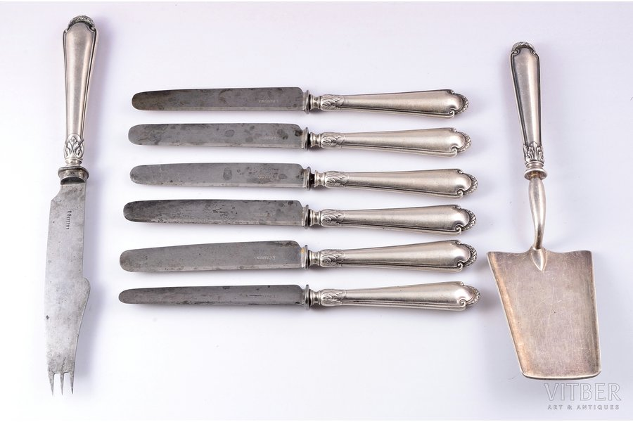 """Fabergé"" flatware set of 8 items, silver, 84 standart, steel, 1899-1917, cake server weight 130,15 g., comined metal items weight 474,15 g., Moscow, Russia, 26.4, 23.7, 21.4 cm"
