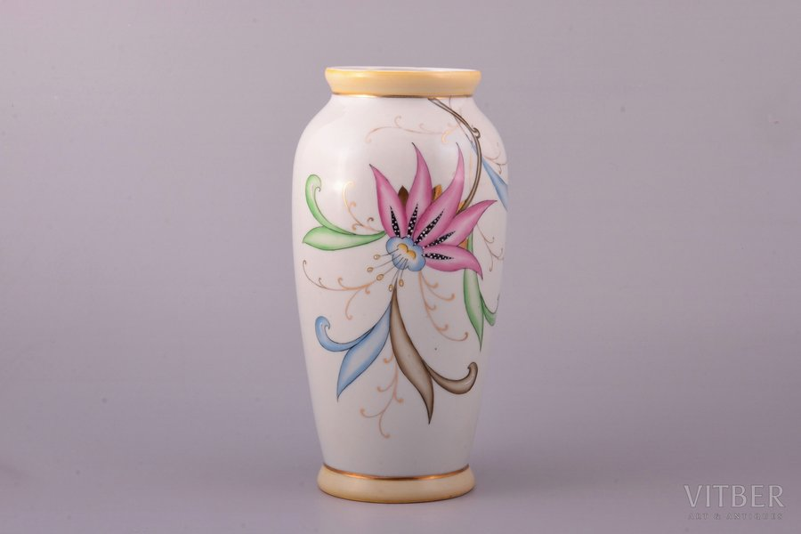 "vase, ""Flowers"", porcelain, Riga Ceramics Factory, signed painter's work, handpainted by Vera Kauriņa, Riga (Latvia), USSR, 1946, h 20.1 cm"