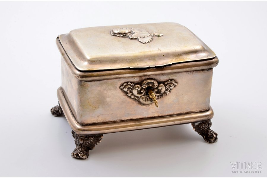 jewelry case, silver, 12 loth (750) standart, 1830-1851, total weight (without key) 789.25g, by Tomasz Klimaszewski, Warsaw, Poland, 10 x 14.9 x 10.5 cm