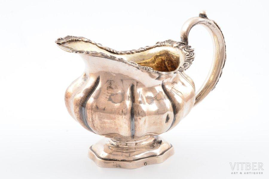 сливочник, серебро, 84 проба, 1843 г., 141.50 г, С.- Петербург, Российская империя, h - 10.4 см