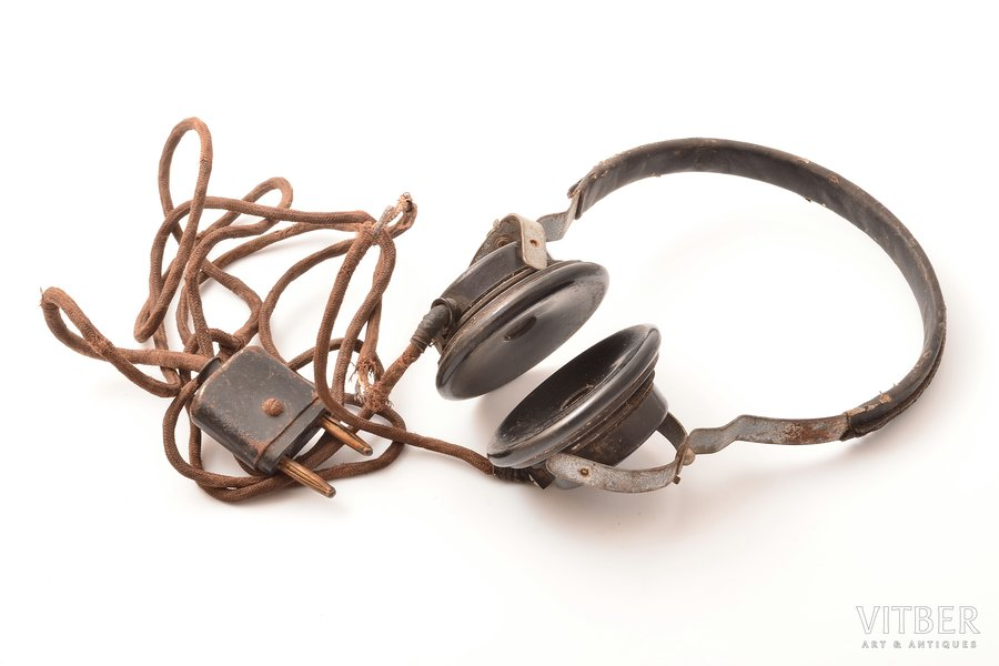 earphones, Third Reich, Ø (earcups) - 6.4 cm, Ø (arc) - 12.5 cm, Germany, the 40ies of 20th cent., wire and arc coverings are damaged