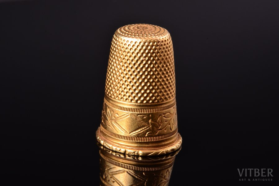 thimble, gold, 18 k standart, 4.39 g., the item's dimensions h 2.4 cm, France