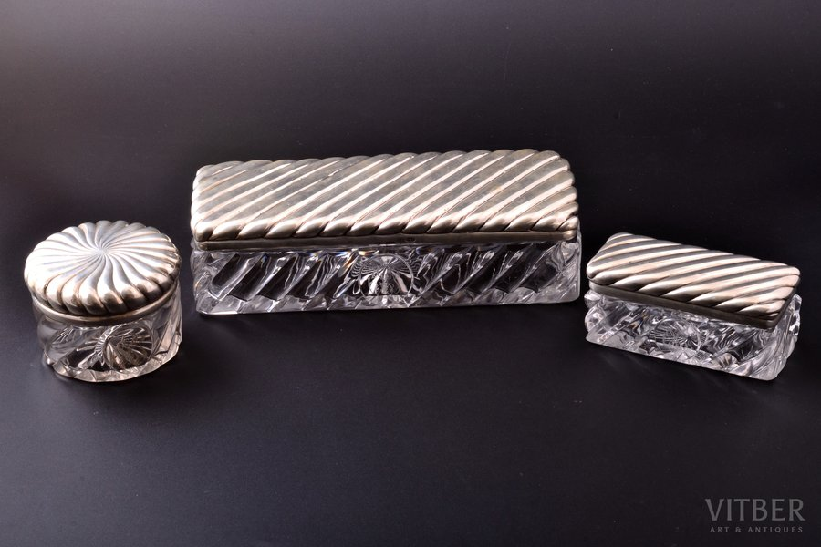 set of 3 cases, silver, 84 standart, glass, 1888-1895, silver weight 462.80g, N. Yanichkin's workshop, St. Petersburg, Russia, 6.1 x 22.5 x 8.8 / 5.2 x 11.4 x 5.1 / h 6.3, Ø 8.7 cm, defect of glass in the corner of large case and small defect of glass in the corner of small case
