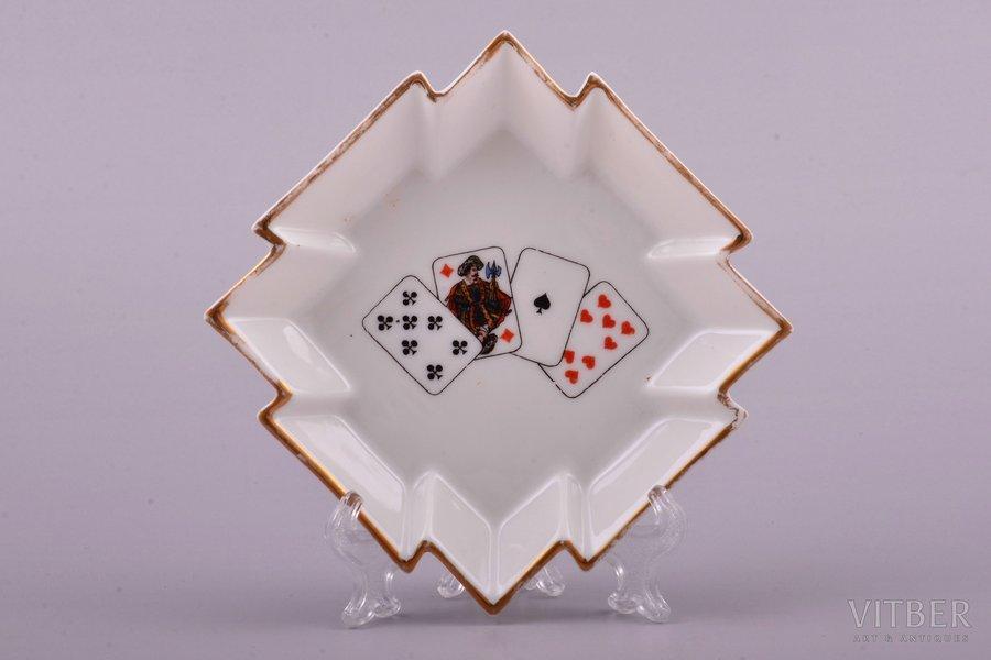 "ashtray, ""Cards"", porcelain, J.K. Jessen manufactory, Riga (Latvia), 1936-1939, 8.8 x 8.8 cm, second grade"