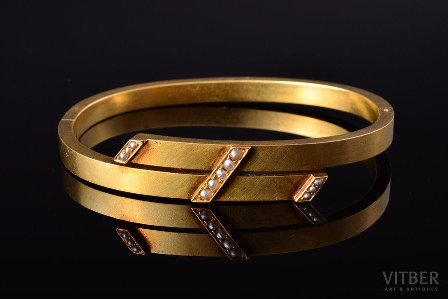 a bracelet, gold, 56 standart, 10.43 g., the diameter of the bracelet 5.7 x 4.5 cm, river pearls, 1880-1899, St. Petersburg, Russia