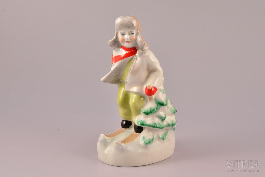 figurine, Skier, porcelain, Riga (Latvia), USSR, Riga porcelain factory, molder - S. Bolzan-Golumbovskaja, the 50ies of 20th cent., 15.7 cm, first grade