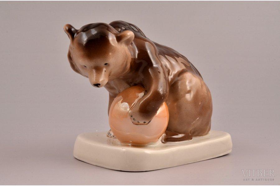 figurine, Circus Bear, porcelain, Riga (Latvia), USSR, Riga porcelain factory, 1953-1962, 9 cm, top grade