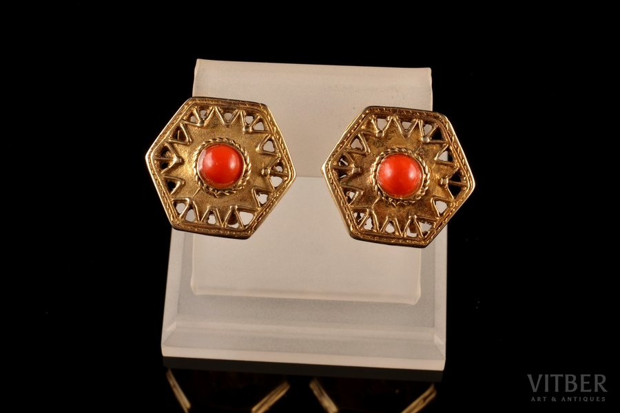 clip-on earrings, silver, gilding, 925 standart, 9.64 g., the item's dimensions 2.2 x 2 cm, coral, Italy