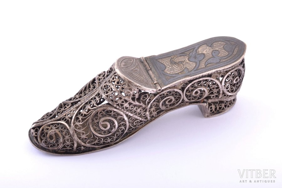 "tablet vessel, silver, 84 standart, ""Shoe"", niello enamel, filigree, the 19th cent., 27.45 g, Novocherkassk, Russia, 7.4 x 2 x 2.4 cm"