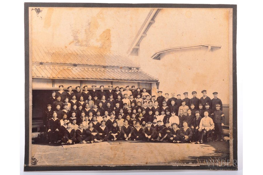 photography, on cardboard, Russo-Japanese War, 1905-1906, approx. 100 sailors (prisoners?) from ships Oryol, Sissoi Veliky, Bystryi, Admiral Ushakov, Dmitrii Donskoi ..., Russia, beginning of 20th cent., 21.2 x 26.9 cm