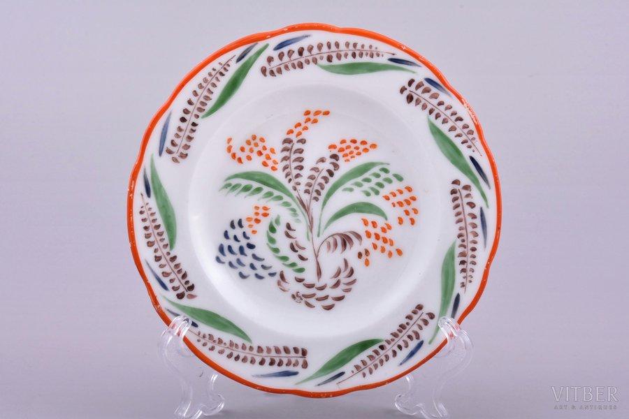 decorative plate, floral ornament, porcelain, State porcelain manufacture (LFZ), hand-painted, USSR, 1919, Ø 13.5 cm