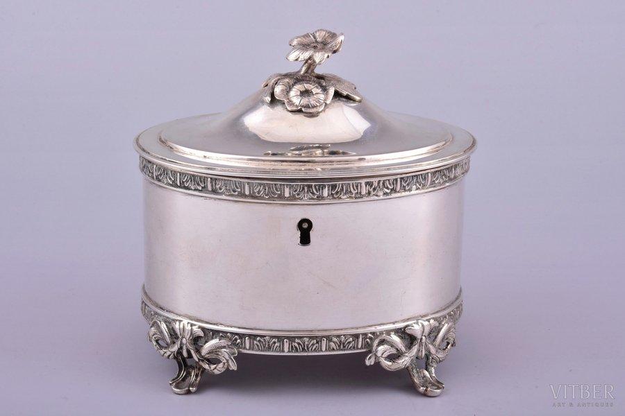 шкатулка, серебро, 830 проба, 1917 г., 412.60 г, Швеция, h 12 см, 12.2 x 9.8 см