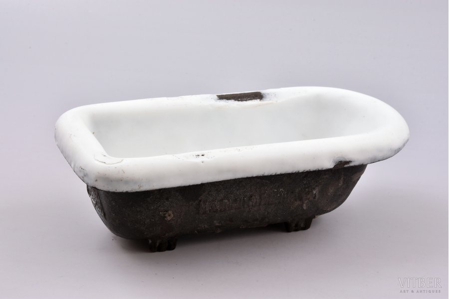 Advertising bathroom, cast iron, 18 x 8.7 x 5.5 cm, weight 937 g., USSR, Ludinovksiy factory, the 1st half of the 20th cent.