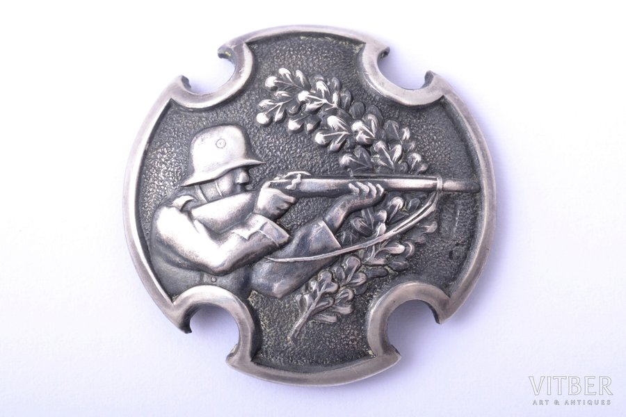badge, Army expert-shooter (automatic rifle shooting), silver, 875 standart, Latvia, 20-30ies of 20th cent., 30.1 x 30.5 mm, 5.35 g, workshop of O. Pērkons, A. Kocejevs