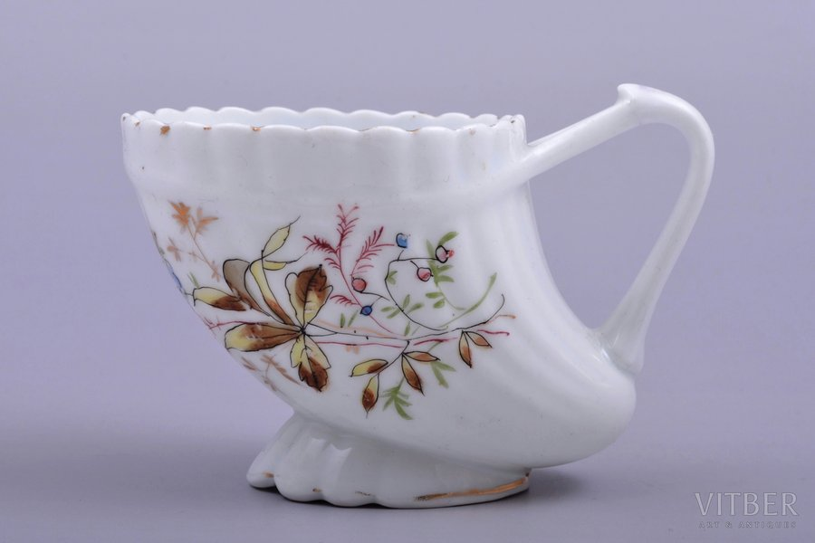 """small cup, """"Сornucopia"""", porcelain, M.S. Kuznetsov manufactory, Russia, the border of the 19th and the 20th centuries, 7.4 cm"""