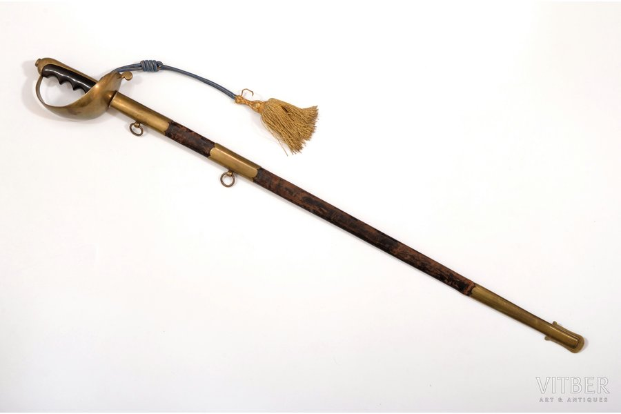 epee, total length 93.8 cm, blade length 79.8 cm, Italy, the 1st half of the 20th cent.