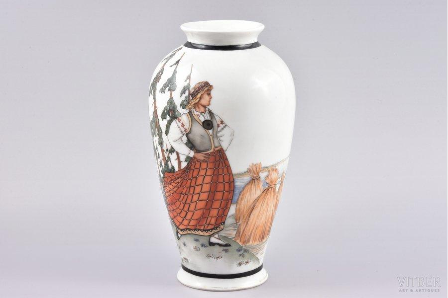 vase, traditional motif, porcelain, M.S. Kuznetsov manufactory, handpainted by Marcis Brieditis, Riga (Latvia), ~ 1937, 22 cm, professional restoration of a minor chip on the neck