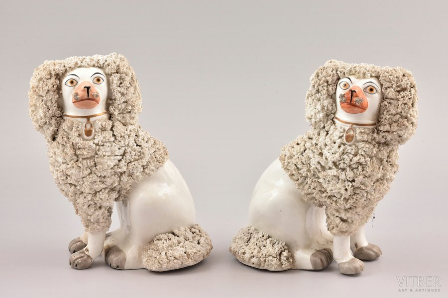 "figurine, ""Pair of dogs"", porcelain, h 20 cm"