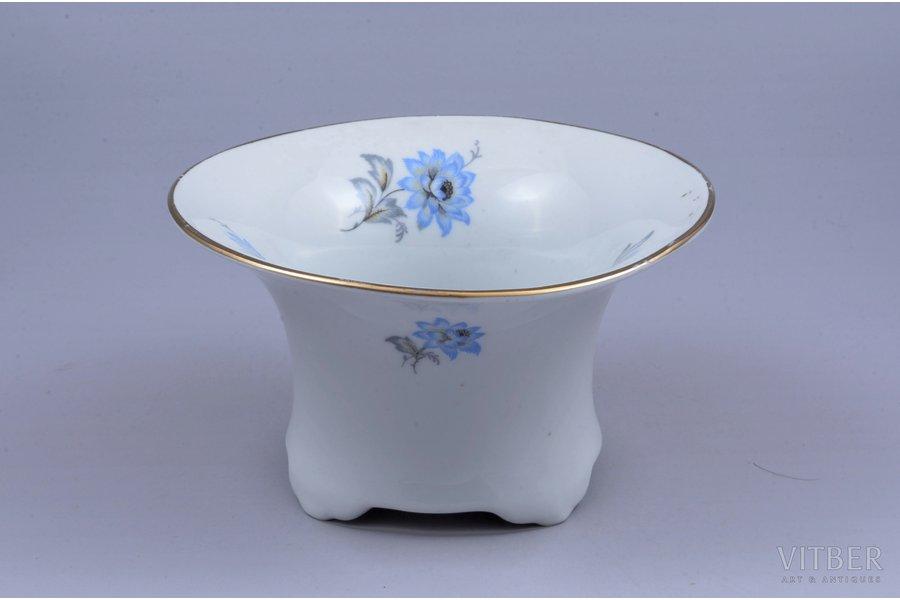 vase, porcelain, M.S. Kuznetsov manufactory, Riga (Latvia), 1934-1936, Ø 13.8 cm, h 7.7 cm, third grade