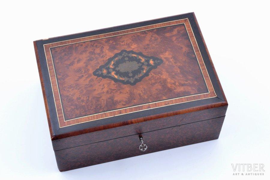 jewelry case, redwood, 25.4 x 17.3 x 11.5 cm