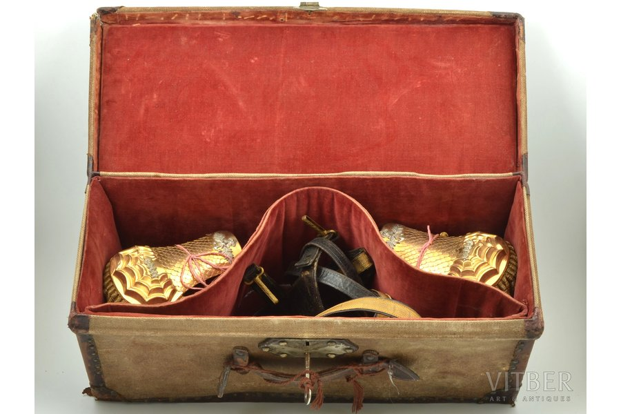 a set, naval medical officer's epaulets and belt, Italy, in a box, box size 53 x 21 x 21.5 cm
