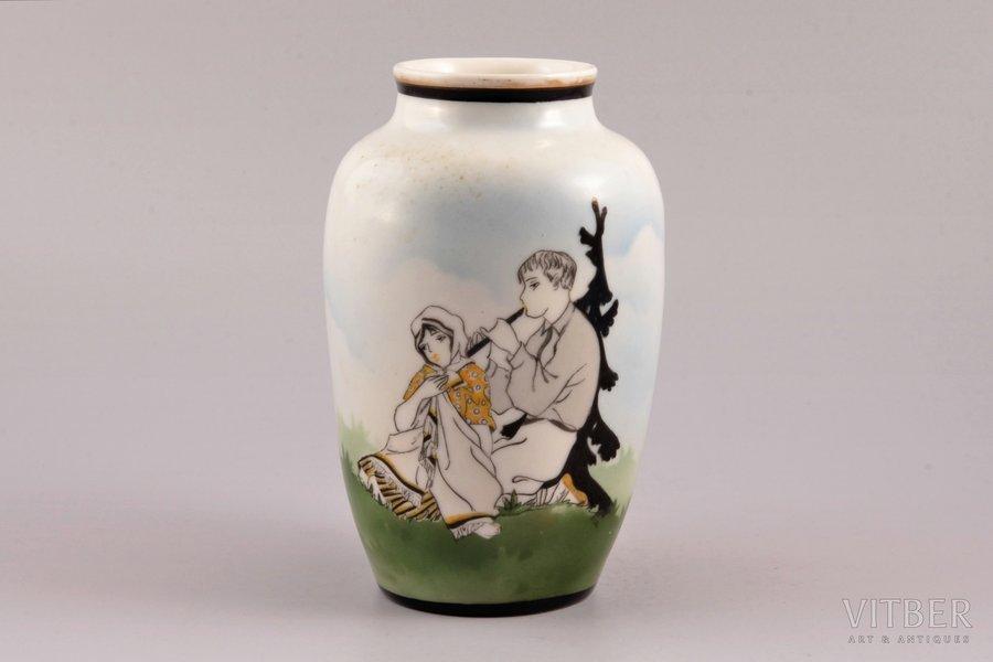 "vase, ""Playing the flute"", porcelain, Burtnieks manufactory, sketch by Sigismunds Vidbergs, Riga (Latvia), 1929-1939, h 14.9 cm"