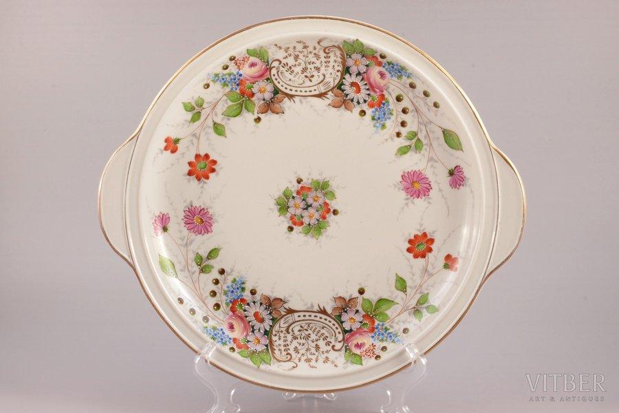 decorative plate, porcelain, Riga Ceramics Factory, signed painter's work, handpainted by Arcady Belokopitov, Riga (Latvia), 1941-1947, 31.5 x 28 cm