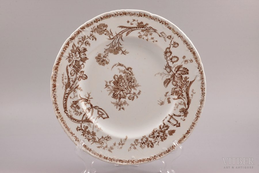 decorative plate, porcelain, Gardner manufactory, Russia, the middle of the 19th cent., Ø 25.1 cm