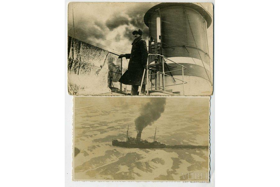 photography, 2 pcs., icebreaker Krišjānis Valdemārs with captain, Latvia, 20-30ties of 20th cent., 14x9, 13,2x8,2 cm